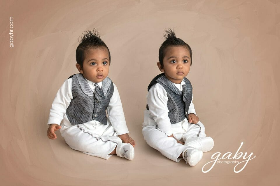 Twice as cute with our twins photo sessions